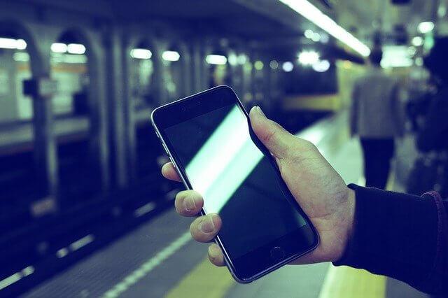 地下鉄とiPhone